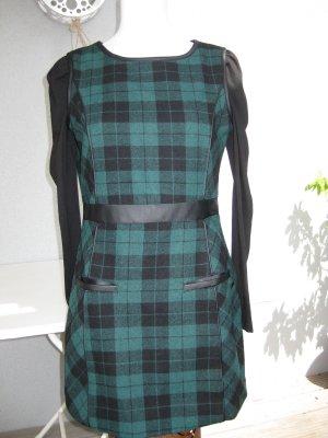 Ärmelloses grün-schwarz kariertes Pepe Jeans Etuikleid