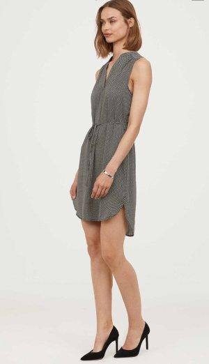Ärmelloses Kleid- 36