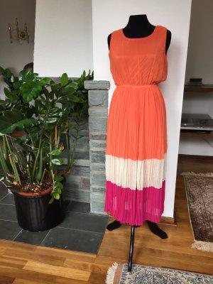 ärmelloses Kleid mit Plisseefalten aus Korea