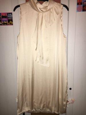 Ärmelloses Kleid ohne Ausschnitt