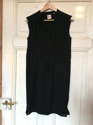 Ärmelloses, schwarzes Blusenkleid von Kimi (Größe 34)