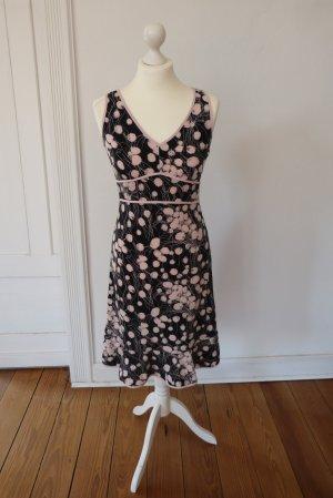 Ärmelloses Sommerkleid von BCBG Maxazria