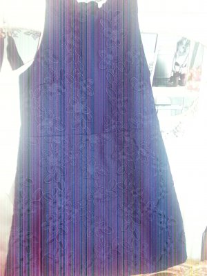 Ärmeloses Kleid Sommerkleid in dunkelblau mit extravaganter Spitze