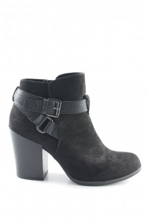 AF Zipper Booties black casual look
