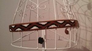 Afrikanischer Ledergürtel mit Perlen