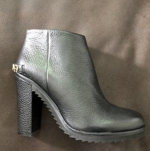 Aigner Zipper Booties black leather