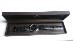 Aigner Uhr Unisex Damen Silber Schwarz Lederarmband Original