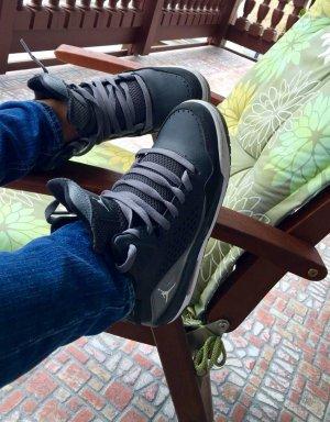 Air Jordan Schuhe 38 schwarz-grau