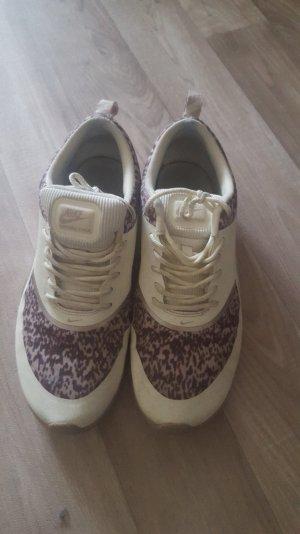 AIR MAX THEA - Sneaker - sail/med orewood/metallic gold
