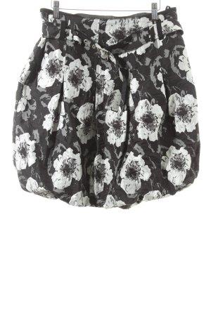 Airfield Glockenrock weiß-schwarz florales Muster Street-Fashion-Look