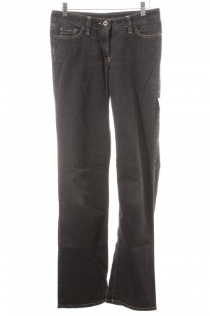 Airfield Straight-Leg Jeans schwarz Street-Fashion-Look
