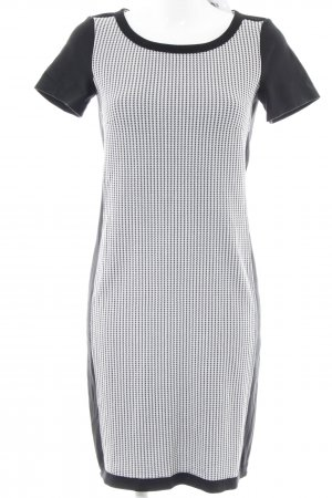 Airfield Knitted Dress black-white houndstooth pattern elegant