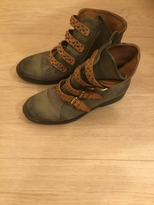 Airstep Boots, neu, khaki