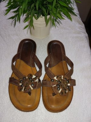 Air Step Flip-Flop Sandals brown leather