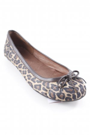 Akira Ballerinas with Toecap leopard pattern athletic style