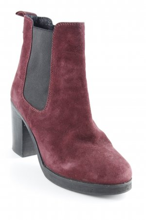 Akira Booties dunkelrot Business-Look