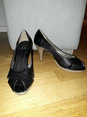 Akira Peep Toe Pumps black