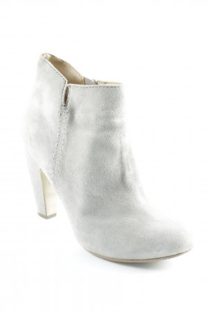 Akira Zipper Booties light grey street-fashion look