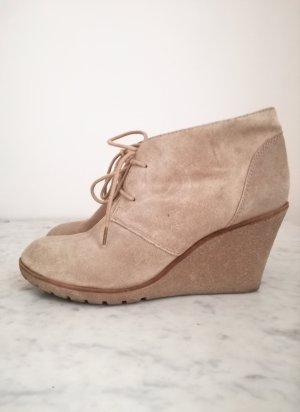 AKIRA - Stiefel mit Keilabsatz