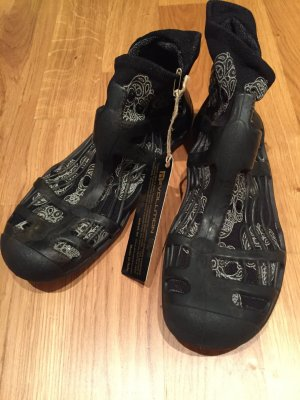 Sandale d'extérieur noir daim