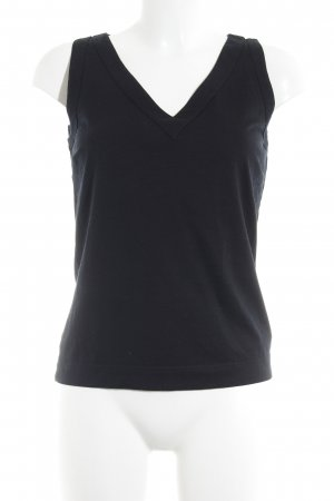 Akris punto Basic Top black casual look