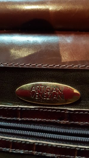 Briefcase dark brown leather