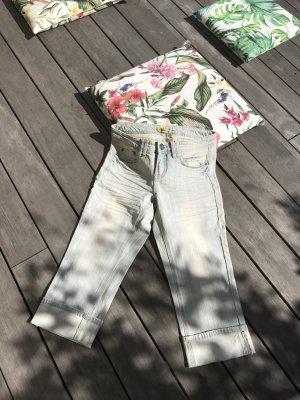 """AKTION """"SCHNÄPPCHEN-SOMMER""""!!! Nur für kurze Zeit! Viele Teile für 5.-/ 7.-/ 10.-/15.-€ * Tolle Capri-Jeans von Buffalo"""