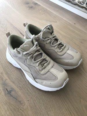 Aktuelle PUMA Cilia Sneaker in beige Gr.37.5
