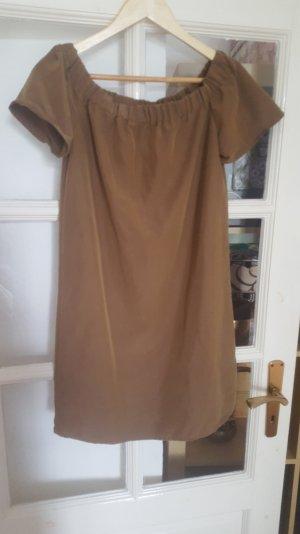 Aktuelles schönes H&M offshoulder Kleid