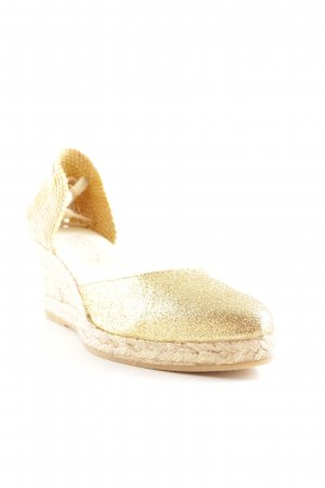Alba Moda Wedge Sandals cream-gold-colored beach look