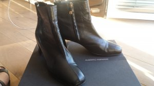Alberto Fermani Zipper Booties black leather