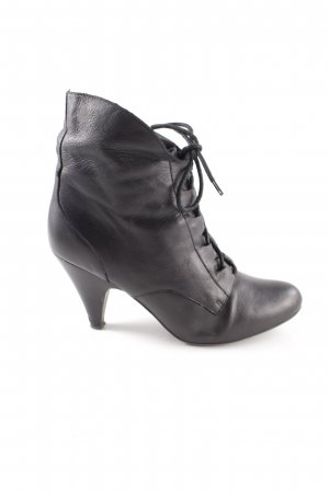 Aldo Lace-up Booties black casual look