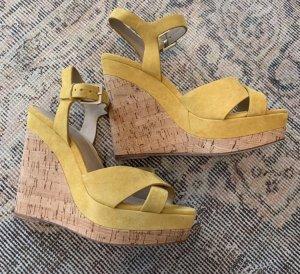 Aldo Senfgelber Keilabsatz Schuh