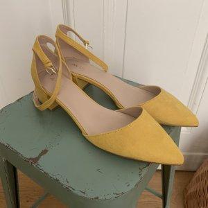 Aldo Strapped pumps yellow-primrose