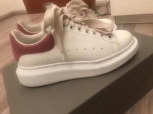Alexander McQueen Lace-Up Sneaker multicolored