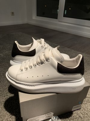 Alexander McQueen High Top Sneaker white-black