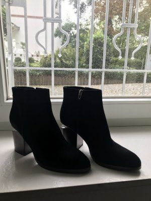 Alexander Wang Zipper Booties black