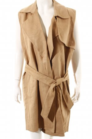 All Saints Chaleco camel look Street-Style