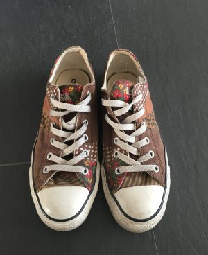 All Star Converse Chucks Braun Blumen Muster