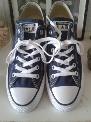 All Star Converse navy blue