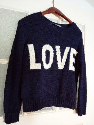 All you need is LOVE... und diesen Pullover :)