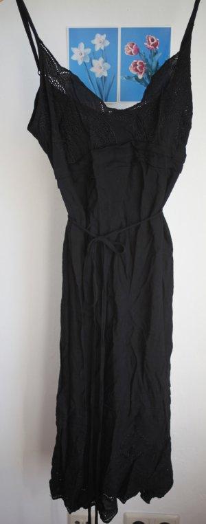 ALLES MUSS RAUS: Schwarzes Sommerkleid mit Spitzenausschnitt