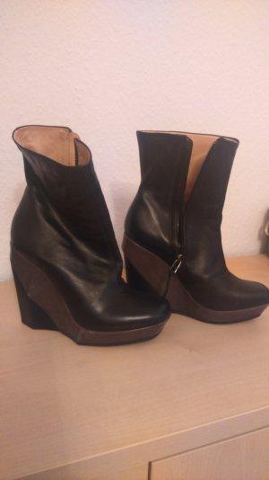 AllSaints Boots wedges. Keilabsatz Lederstiefelette