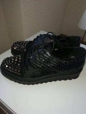 Alma en Pena Lace-Up Sneaker black