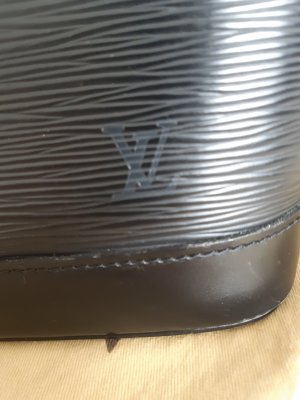 alma epi louis vuitton