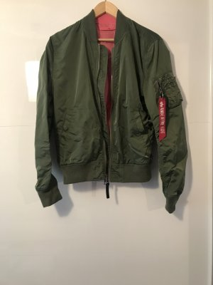 Alpha Industries Bomber Jacket khaki