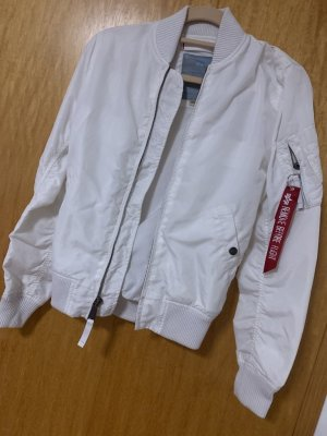 Alpha Industries Bomber Jacket white