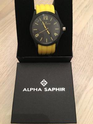 Alpha Saphir Uhr ungetragen