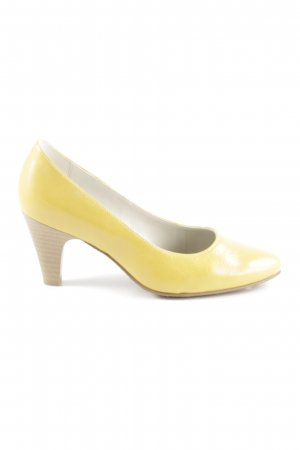 Alpina Platform Pumps dark yellow casual look