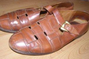 alte halboffene Schuhe